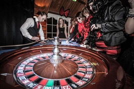Casino verhuur Moulin Rouge party4.jpg